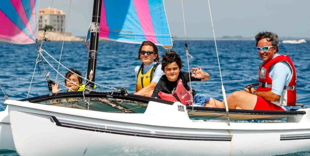 Club Nautic l'Escala-vela lleugera a la Costa Brava