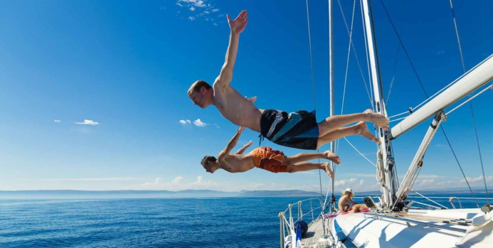 Club Nautic l'Escala-Ruta Guiada-Costa Brava-creuer-c-Top Sailing Charter-Arxiu Imatges PTCBG