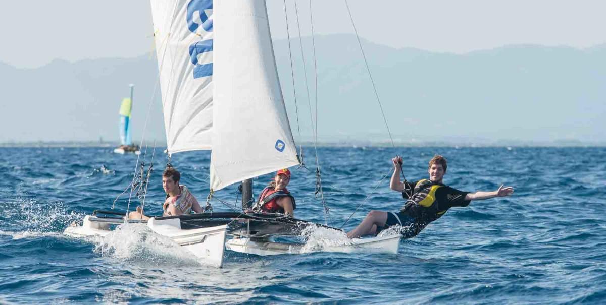 Club Nautic l'Escala-Curs de vela lleugera a la Costa Brava-nivell mitjà