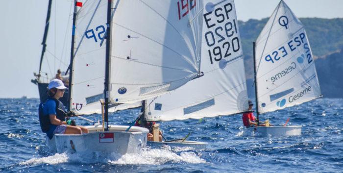 2020-Club Nàutic l'Escala-regates-optimist-atena regata